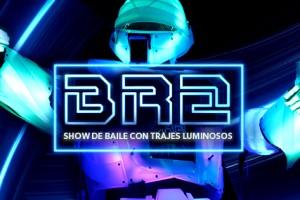 http://www.espectalium.com/wp-content/uploads/2014/12/espectaculo-de-baile-con-trajes-luminosos-1-300x200.jpg