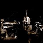 trío de jazz contratar grupos musicales y solistas