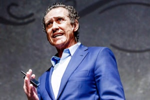 https://www.espectalium.com/wp-content/uploads/2019/06/contratar_Jorge-_Valdano-300x200.jpg