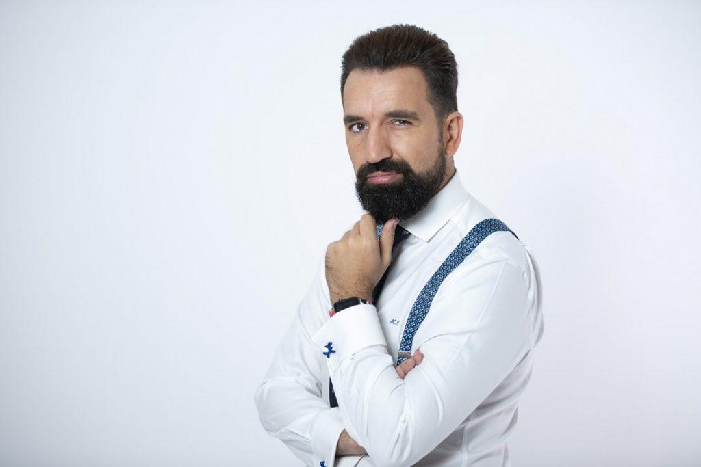 contratar Miguel Lago